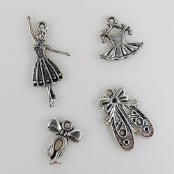 "CHARM002 metal charms ""girl"" 8 pcs/pkg"