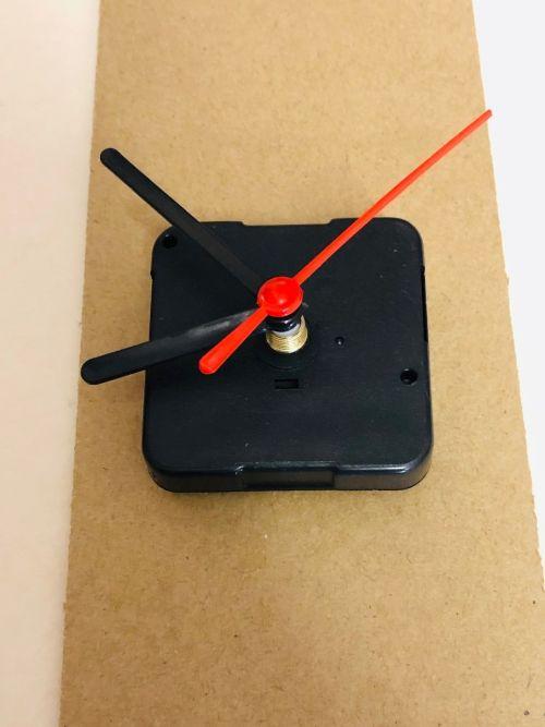 CLOCK quartz mechanism + HANDS - Часовников механизъм със стрелки 6cm , шпиндел 12мм